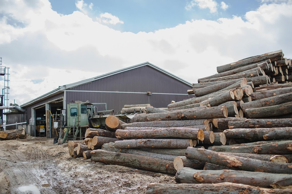 Bernie McGlynn Lumber LTD.   point of interest   1563 ON-9, Mildmay, ON N0G 2J0, Canada   5193675789 OR +1 519-367-5789