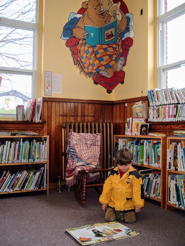Hillsborough Public Library | library | 2849 Main St, Hillsborough, NB E4H 2X7, Canada | 5067343722 OR +1 506-734-3722