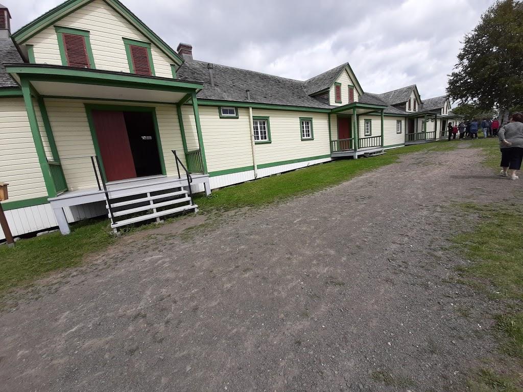Grosse-Île and the Irish Memorial National Historic Site | museum | Grosse Île, Saint-Antoine-de-lIsle-aux-Grues, QC G0R 1P0, Canada | 4182348841 OR +1 418-234-8841