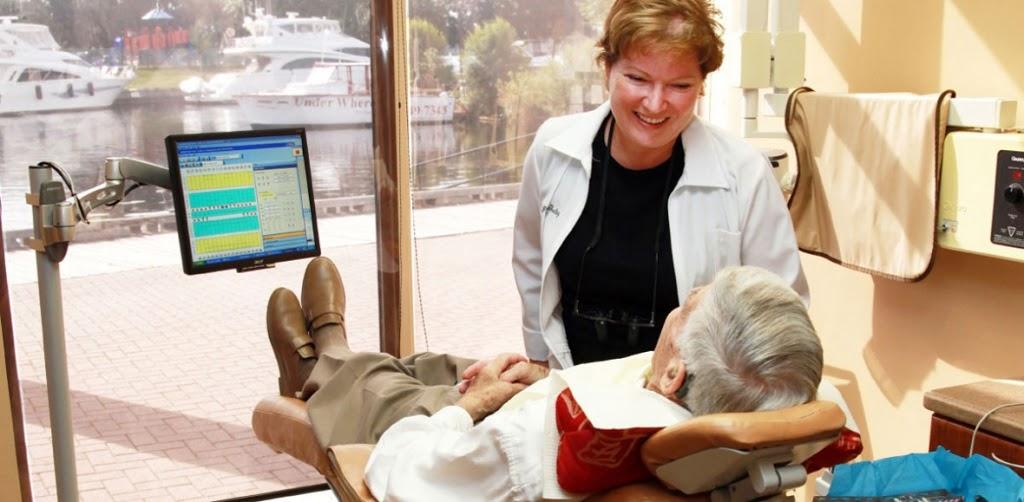 Boardwalk Dental Care   dentist   9 Broad St, Brockville, ON K6V 6Z4, Canada   6133429333 OR +1 613-342-9333