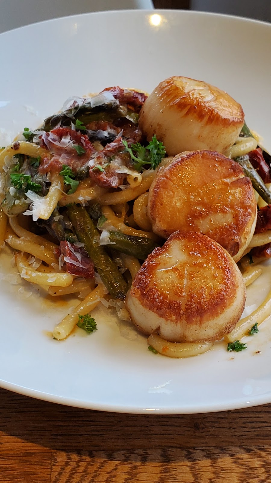 Fiore Famiglia | restaurant | 2603 16th Ave west, Vancouver, BC V6K 3C2, Canada | 6045582603 OR +1 604-558-2603