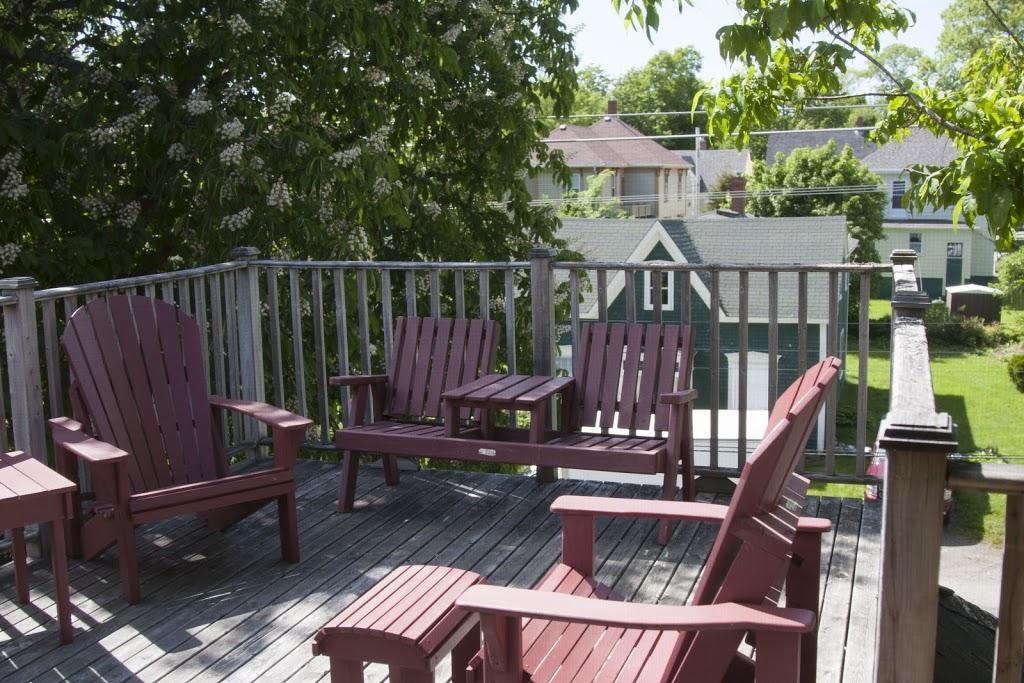 Ashlea House Bed & Breakfast   lodging   42 Falkland St, Lunenburg, NS B0J 2C0, Canada   8666347150 OR +1 866-634-7150