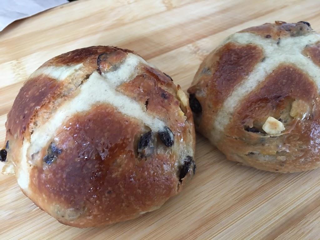 True Loaf Bread Company | bakery | 573 Gladstone Ave, Ottawa, ON K1R 5P2, Canada | 6136804178 OR +1 613-680-4178