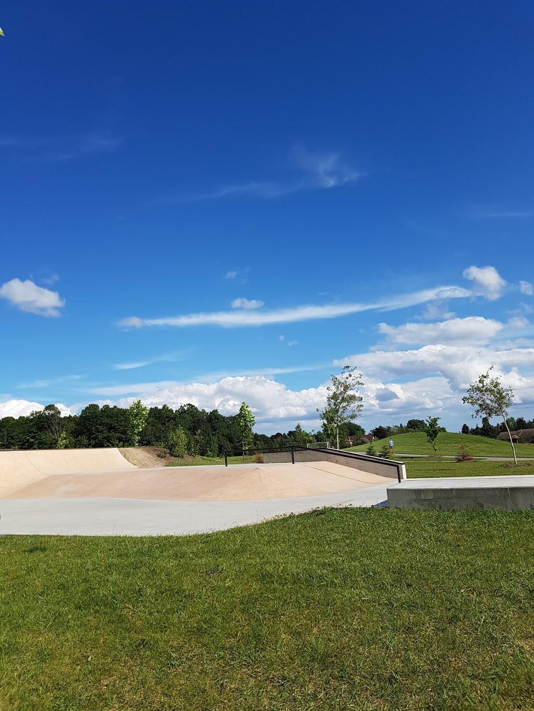Tasca Park | park | 49 Parkheights Trail, Nobleton, ON L0G 1N0, Canada | 9058590056 OR +1 905-859-0056