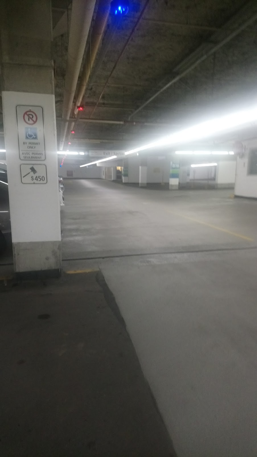 City Hall Underground Garage | parking | 110 Laurier Ave W, Ottawa, ON K1R 6K9, Canada | 6135802400 OR +1 613-580-2400