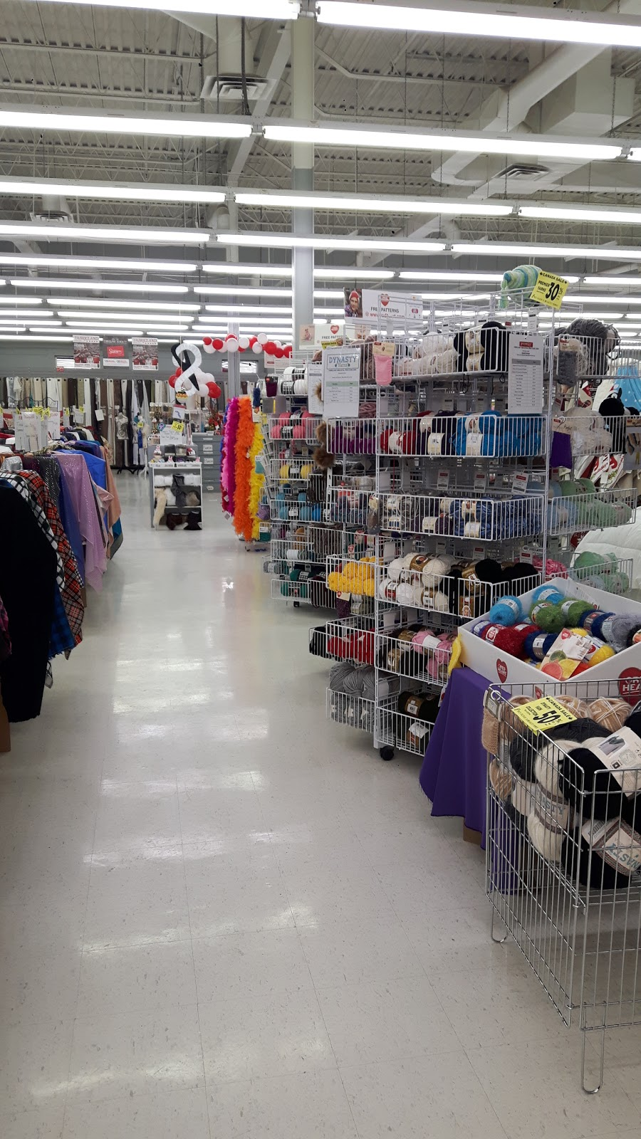 Fabricland | home goods store | 1172 St James St, Winnipeg, MB R3H 0K7, Canada | 2047728709 OR +1 204-772-8709
