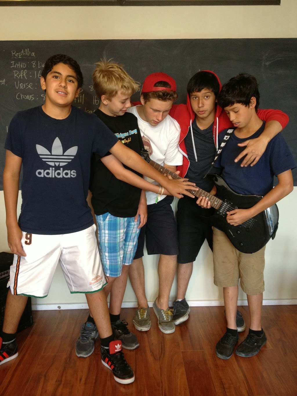 Red House Music Academy | school | 1108 Dundas St W #2, Toronto, ON M6J 1X2, Canada | 4165355500 OR +1 416-535-5500