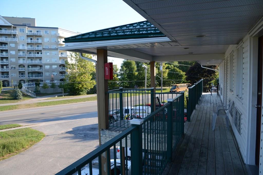 Bayview Inn | lodging | 341 Atherley Rd, Orillia, ON L3V 1N9, Canada | 7053300290 OR +1 705-330-0290