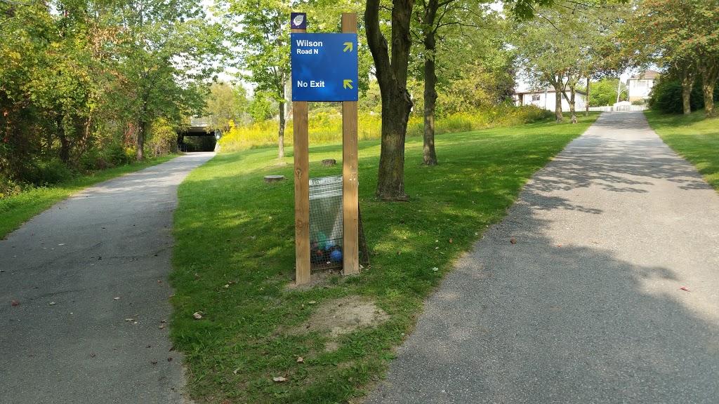 Attersley Park | park | 884 Lavis Ct, Oshawa, ON L1K 1X8, Canada | 9054363311 OR +1 905-436-3311