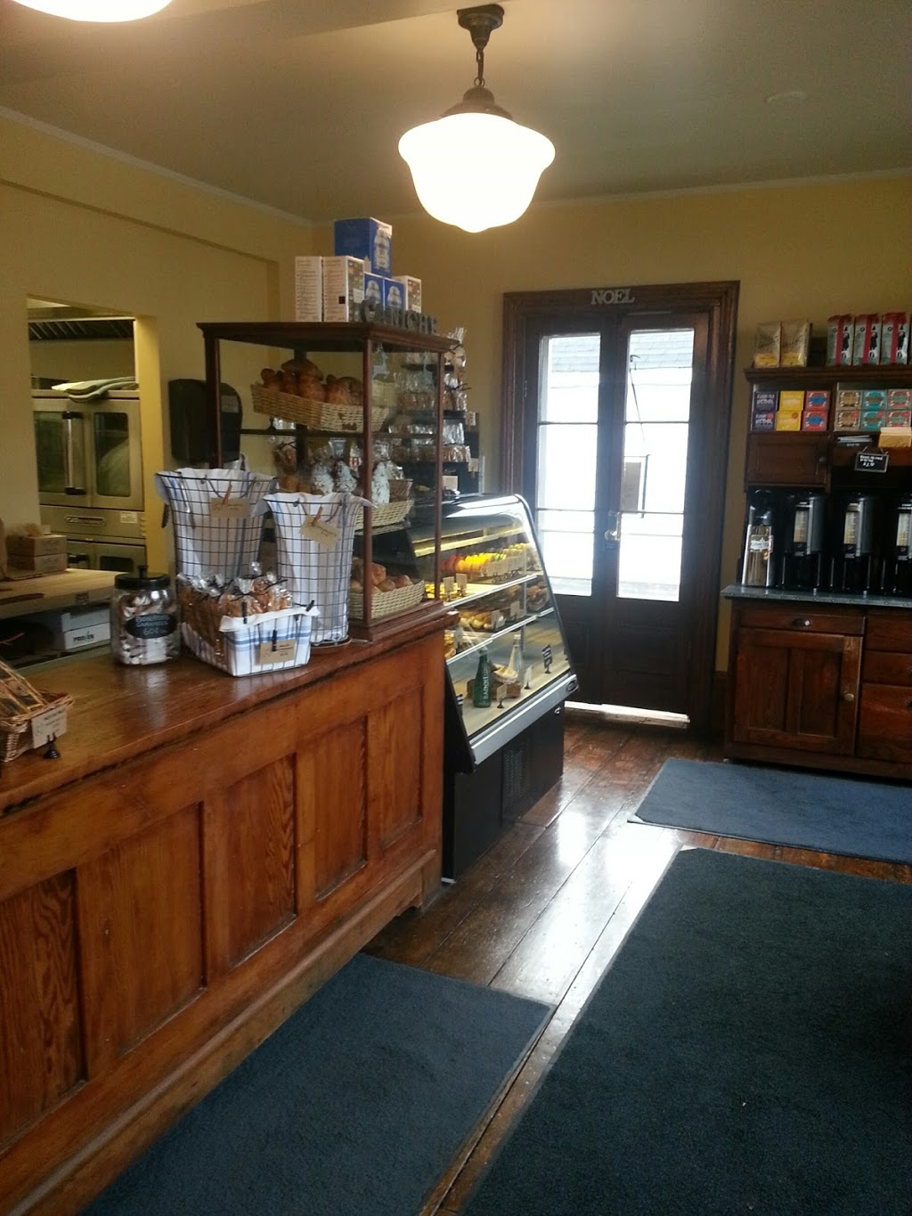 Caniche French Bakery | bakery | 346 Wilson St E, Ancaster, ON L9G 2C2, Canada | 2892397475 OR +1 289-239-7475