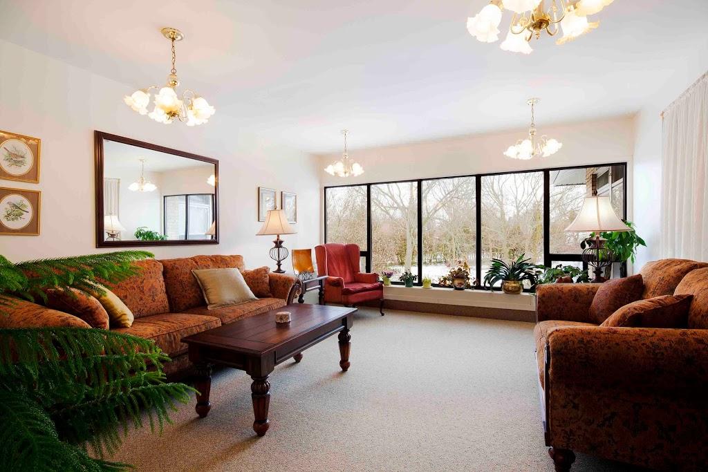 Revera Grand Wood Park | health | 81 Grand Ave, London, ON N6C 1M2, Canada | 5194321162 OR +1 519-432-1162