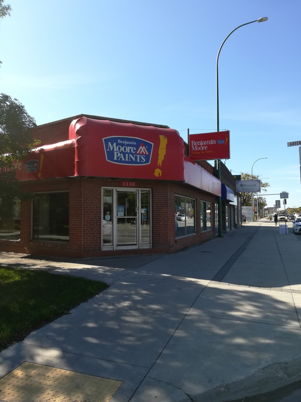 Portage Avenue Paints | hardware store | 1110 Portage Ave, Winnipeg, MB R3G 0S7, Canada | 2047880303 OR +1 204-788-0303