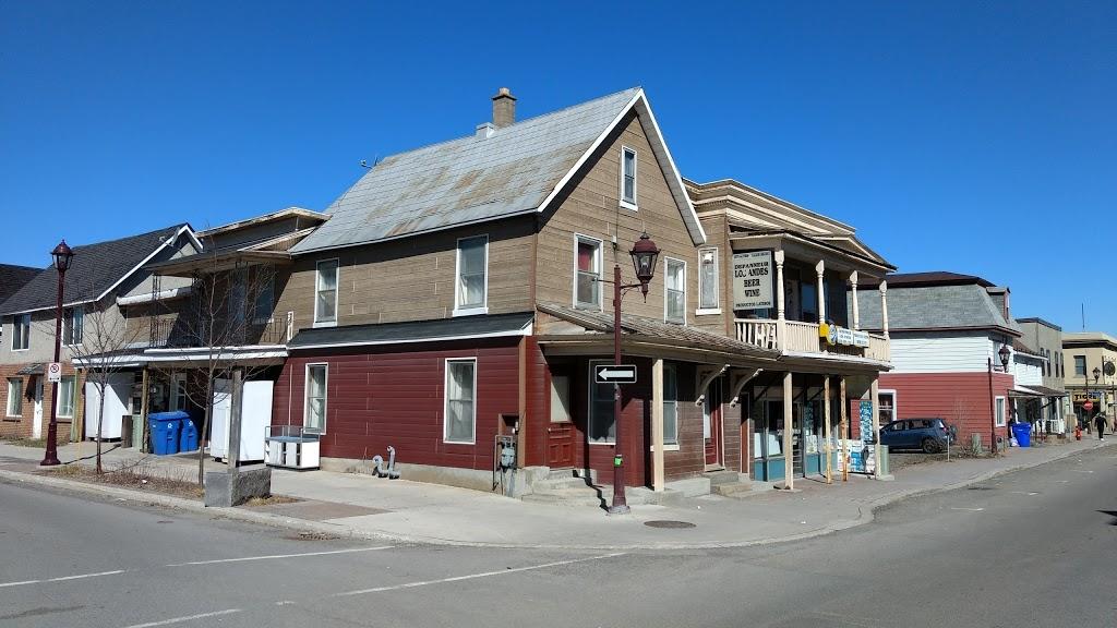 Chez Barbe | restaurant | 122 Rue Eddy, Gatineau, QC J8X 2W5, Canada | 8197777384 OR +1 819-777-7384