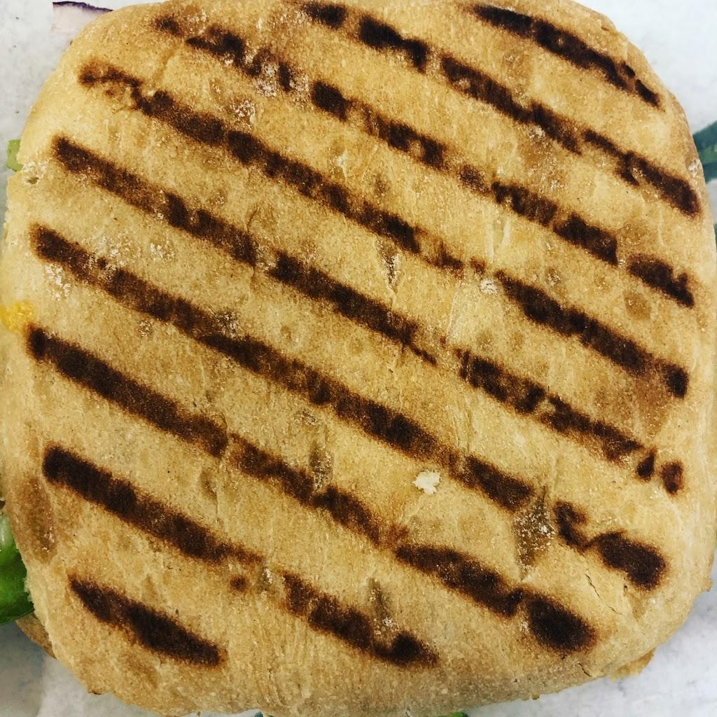 Subway | meal takeaway | 10114 88 Ave, Fort Saskatchewan, AB T8L 4J9, Canada | 7809920520 OR +1 780-992-0520