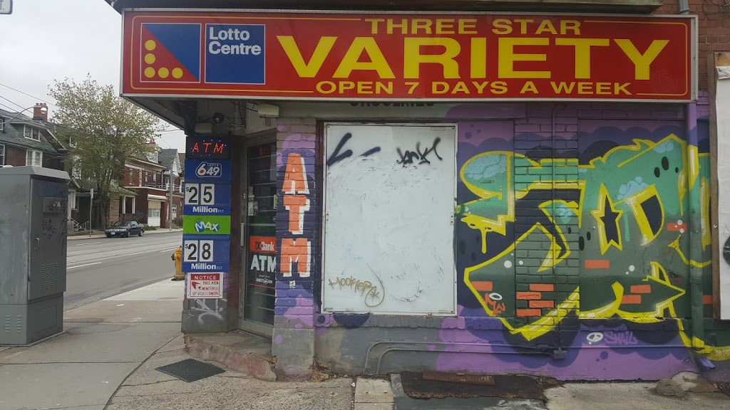 Three Star Variety | convenience store | 621 Bathurst St, Toronto, ON M5S 2R2, Canada