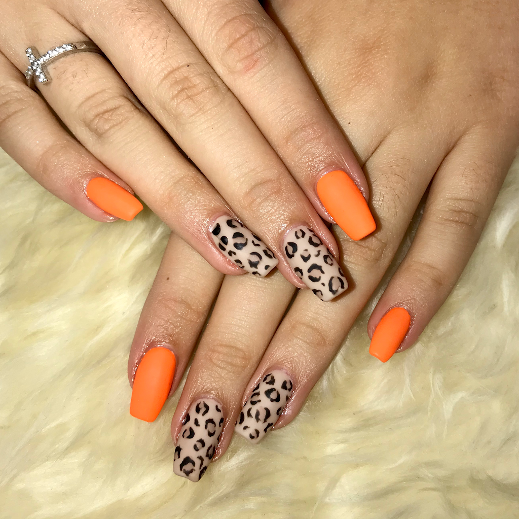 Crystal Nails and Beauty Bar   point of interest   560 Copper Creek Dr #3, Markham, ON L6B 0S1, Canada   9052015888 OR +1 905-201-5888
