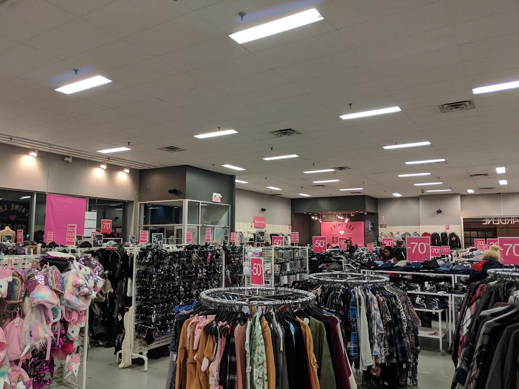 Ardene   clothing store   2101 Av Dollard, LaSalle, QC H8N 1S2, Canada   5147678353 OR +1 514-767-8353