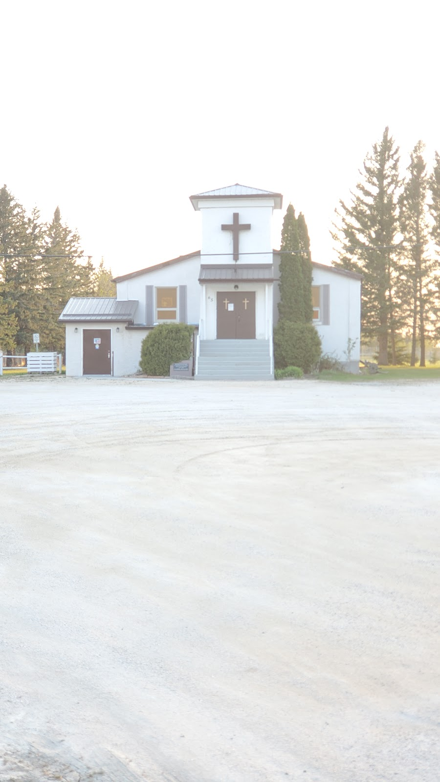 Notre Dame Du Lac   church   63 McArthur Ave, Lac du Bonnet, MB R0E 1A0, Canada   2043452900 OR +1 204-345-2900