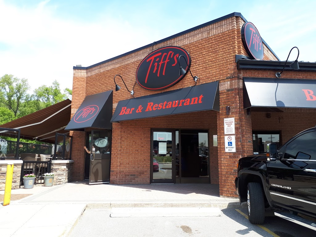 Tiffs Restaurant & Sports Bar | meal takeaway | 29 Anne St S, Barrie, ON L4N 2C6, Canada | 7057279060 OR +1 705-727-9060