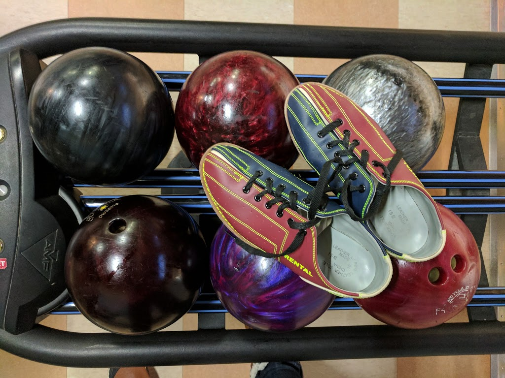 Prost Bowling Centre | bowling alley | 830 Gardiners Rd, Kingston, ON K7M 3X9, Canada | 6133898117 OR +1 613-389-8117
