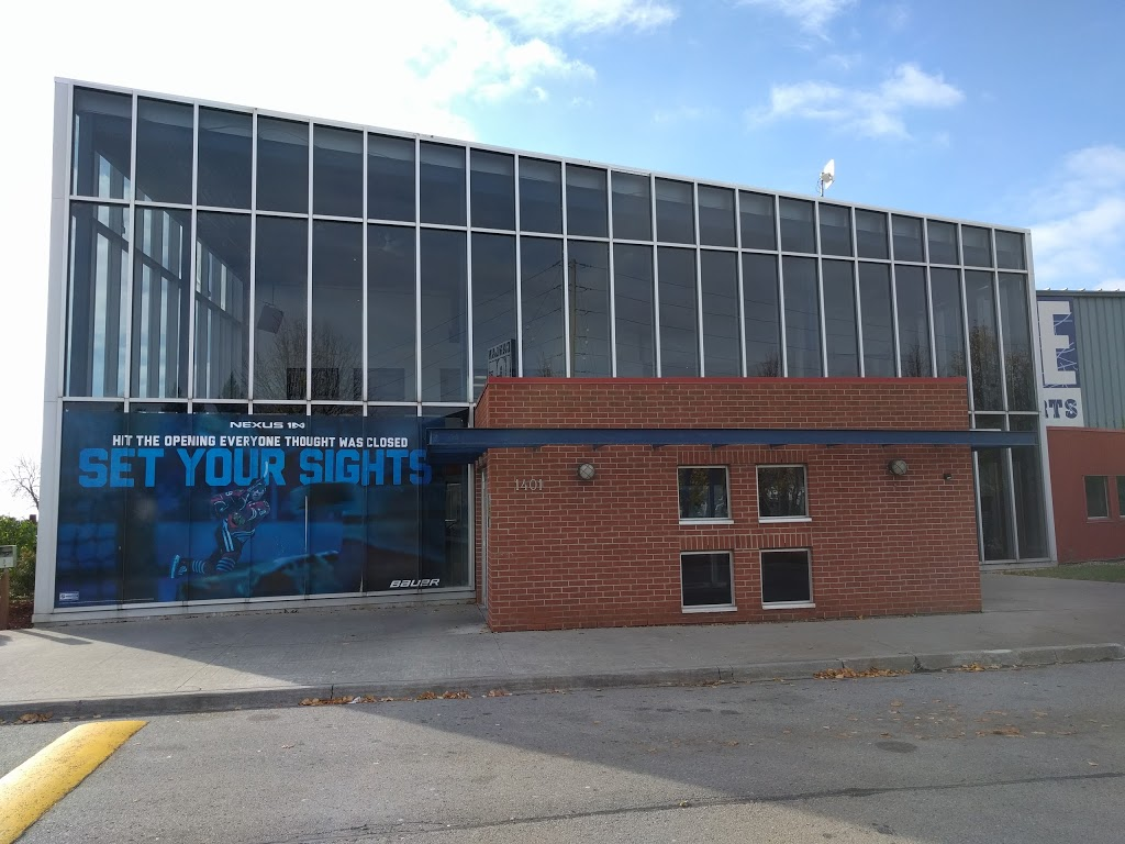 Canlan Ice Sports   clothing store   1401 Phillip Murray Ave, Oshawa, ON L1J 8C4, Canada   9057256951 OR +1 905-725-6951