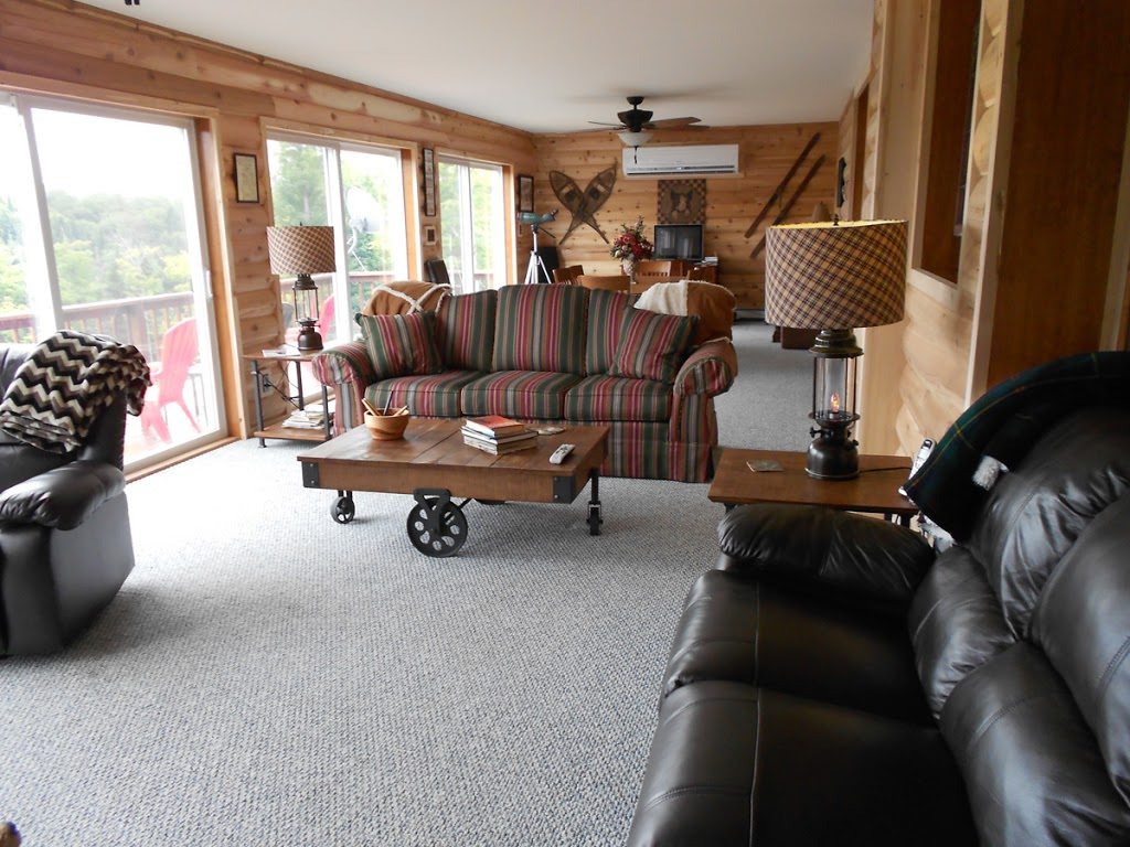 Loon Cove Lodge | lodging | 132 Maple Mountain Rd, Pittsburg, NH 03592, USA | 6035389831 OR +1 603-538-9831