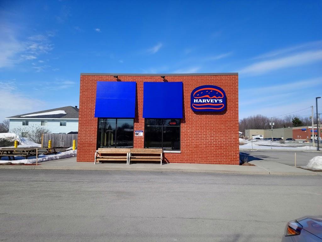 Harveys | restaurant | 574 Rue de Saint Hubert, Granby, QC J2H 1Y5, Canada | 4509153688 OR +1 450-915-3688