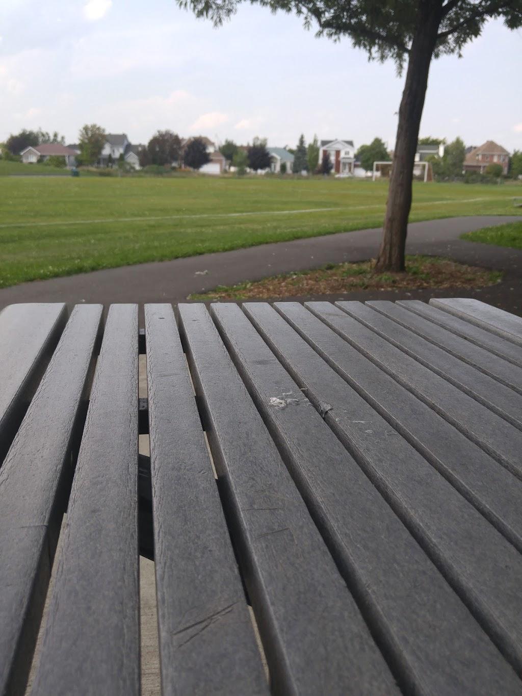 Parc Le Portageur | park | Rue de la Criée, Varennes, QC J3X, Canada, Canada | 4506523232 OR +1 450-652-3232