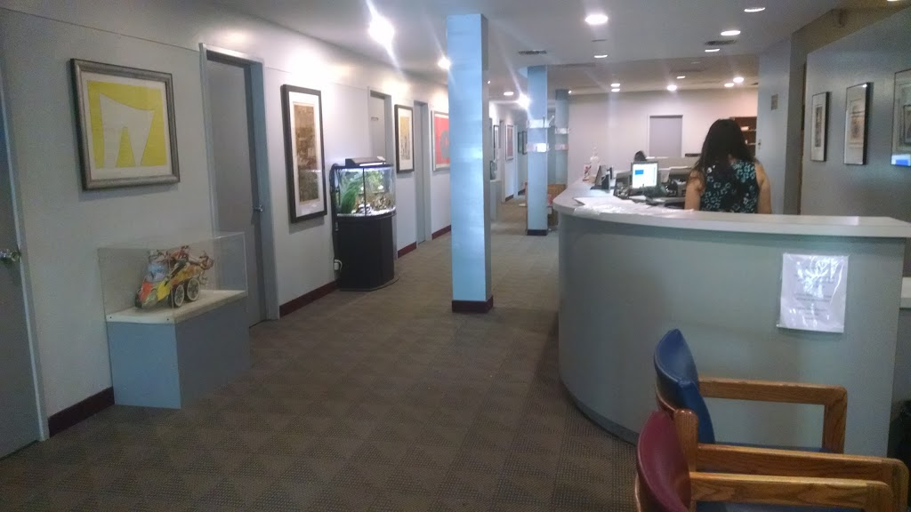 Bloor Medical Clinic   doctor   844 Bathurst St, Toronto, ON M5R 3G1, Canada   4165344214 OR +1 416-534-4214